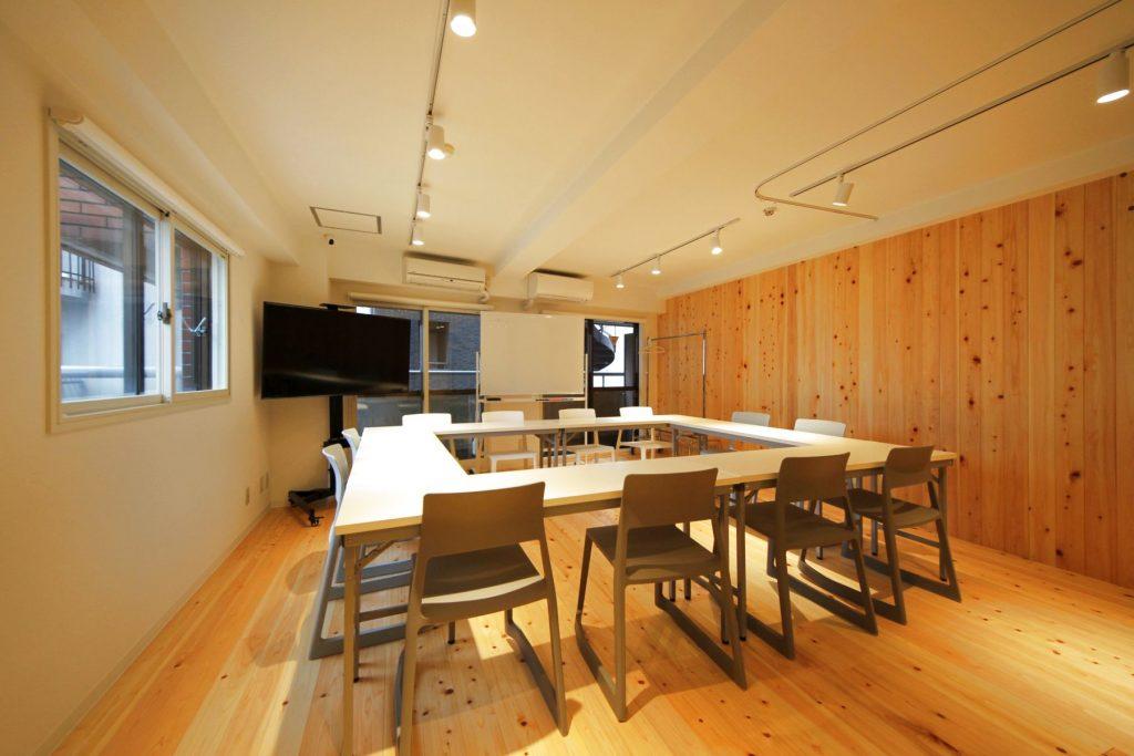 【メイプル】新宿タカシマヤ前 レッスンスペース・貸し会議室