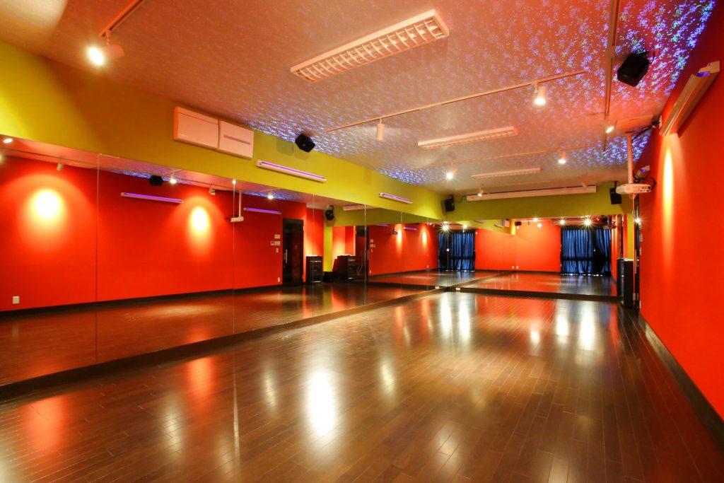 名古屋のダンススタジオ